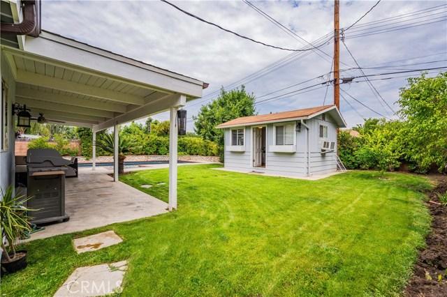 6522 Sale Avenue, West Hills CA: http://media.crmls.org/mediascn/afcd3c5f-8179-4701-b690-001919dc82da.jpg