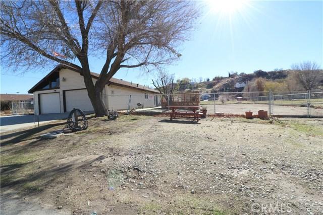 14414 Ashtree Drive, Lake Hughes, CA 93532