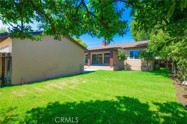 5536 Balboa Boulevard, Encino CA: http://media.crmls.org/mediascn/b0dba397-c4ef-47ef-98ff-346d1d31ae6c.jpg