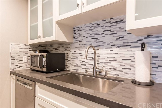 4501 Cedros Avenue Unit 212 Sherman Oaks, CA 91403 - MLS #: SR18215952