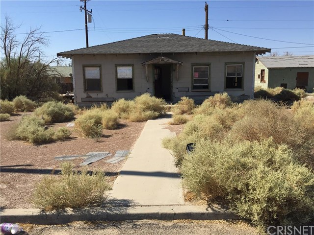 Single Family Home for Sale at 13447 Lupine Street Trona, California 93562 United States