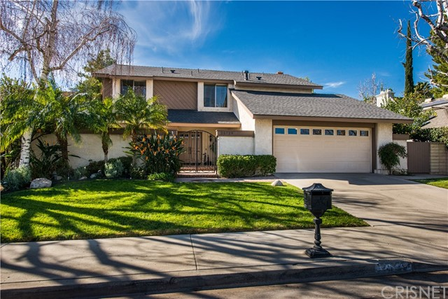 25729 Lochmoor Road Valencia, CA 91355 - MLS #: SR18024475