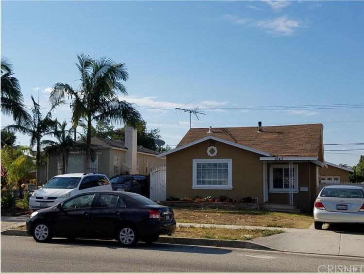 Property for sale at 1043 EAST FAIRVIEW BOULEVARD, Inglewood,  CA 90302