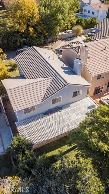 7519 Melvin Avenue, Reseda CA: http://media.crmls.org/mediascn/b2447385-c172-4c0a-b42c-7e437548bf98.jpg