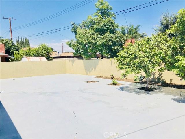 1009 S Arapaho Drive, Santa Ana CA: http://media.crmls.org/mediascn/b24ef5b5-7ecf-41a8-98da-5100895a5ad6.jpg