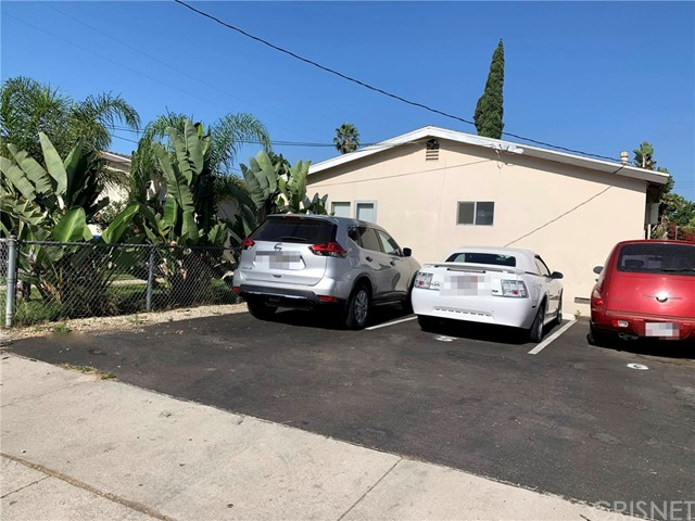 6907 Coldwater Canyon Avenue, North Hollywood CA: http://media.crmls.org/mediascn/b2531932-f164-4c7d-8e5d-913fd969818a.jpg