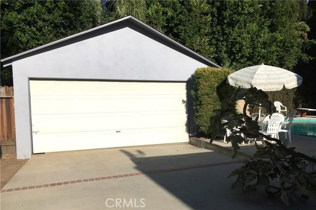 4912 Swinton Avenue, Encino CA: http://media.crmls.org/mediascn/b26279bf-778e-4017-8593-bd19501ca684.jpg