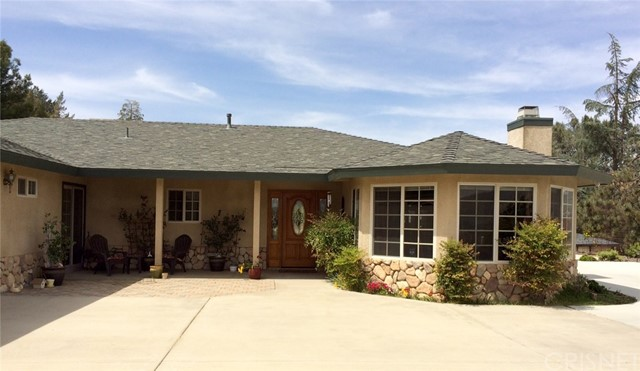 Single Family Home for Sale at 39963 90th Street Leona Valley, California 93551 United States