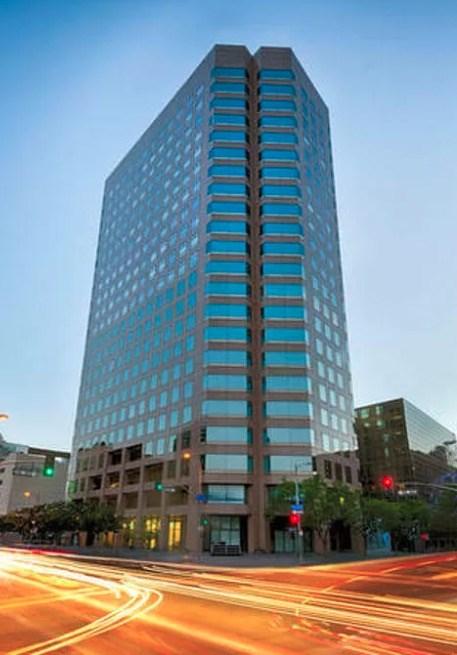 801 S Grand Avenue, Los Angeles CA: http://media.crmls.org/mediascn/b27ac565-3348-4619-ac89-a6e12038acdd.jpg
