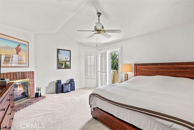 24020 Ingomar Street, West Hills CA: http://media.crmls.org/mediascn/b2a07890-59b3-48a4-bfdd-97f7d4e6b33b.jpg
