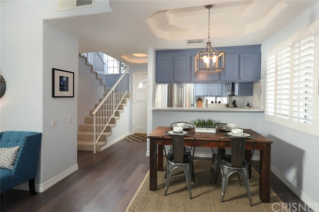 11110 Camarillo Street 110 Toluca Lake, CA 91602 is listed for sale as MLS Listing SR17273684