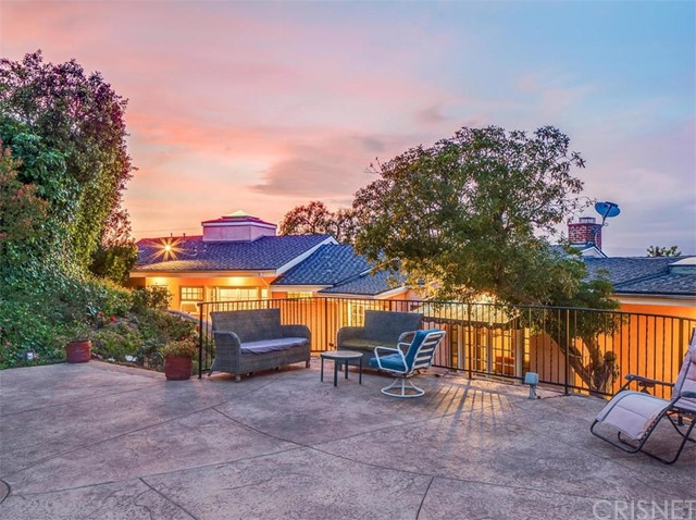 Single Family Home for Rent at 3712 Berry Drive Studio City, California 91604 United States