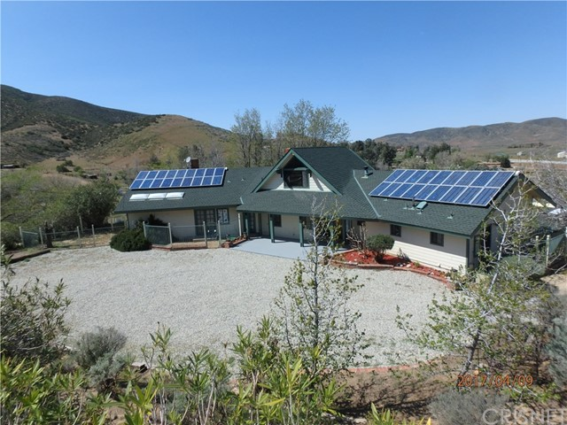 Single Family Home for Sale at 40212 107th Street Leona Valley, California 93551 United States