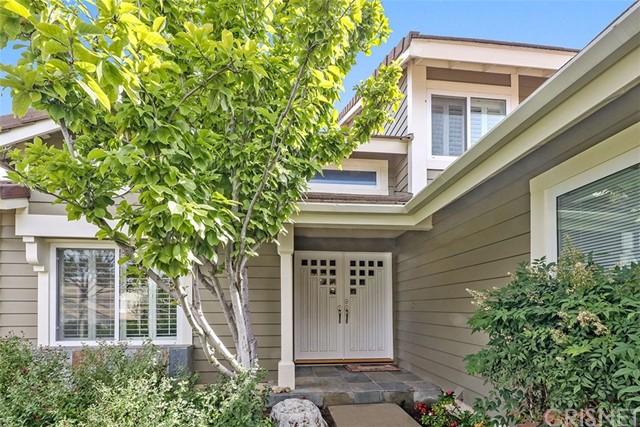24020 Ingomar Street, West Hills CA: http://media.crmls.org/mediascn/b33c781b-bde8-4f45-854a-cccbb8387a29.jpg