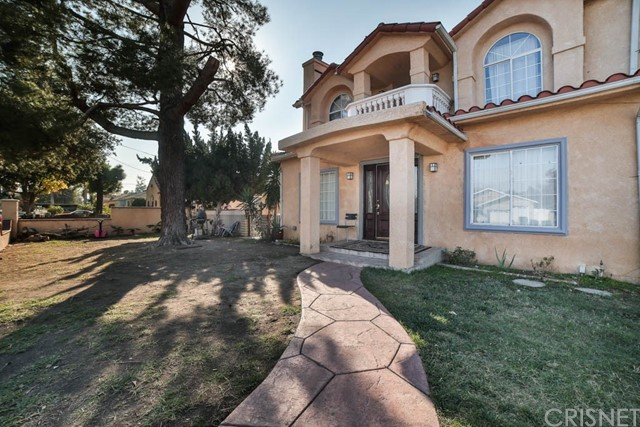 Single Family Home for Sale at 7135 Geyser Avenue Reseda, California 91335 United States