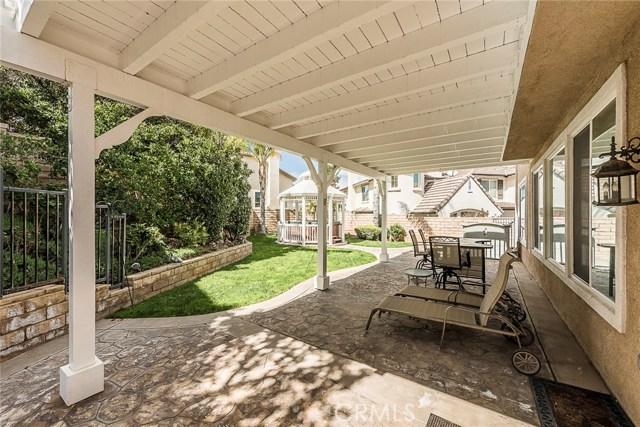 5763 Velvet Oak Court, Simi Valley CA: http://media.crmls.org/mediascn/b39040db-bc76-4803-987d-b03e4f8bae40.jpg