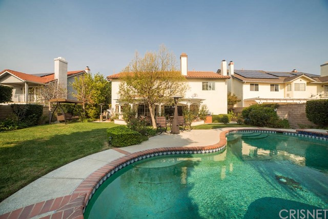 Additional photo for property listing at 18142  Sandringham Court 18142  Sandringham Court Porter Ranch, California 91326 United States