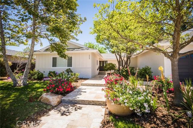 984 Calle Contento, Thousand Oaks CA: http://media.crmls.org/mediascn/b3fcca16-b88b-4077-b446-65f010a31415.jpg