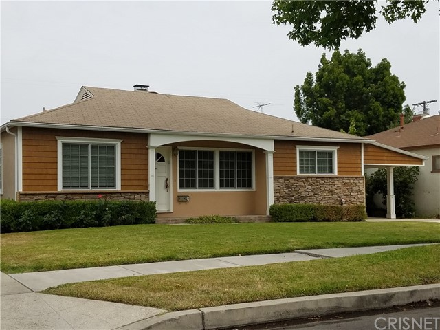Single Family Home for Rent at 5334 Bellaire Avenue Valley Village, California 91607 United States