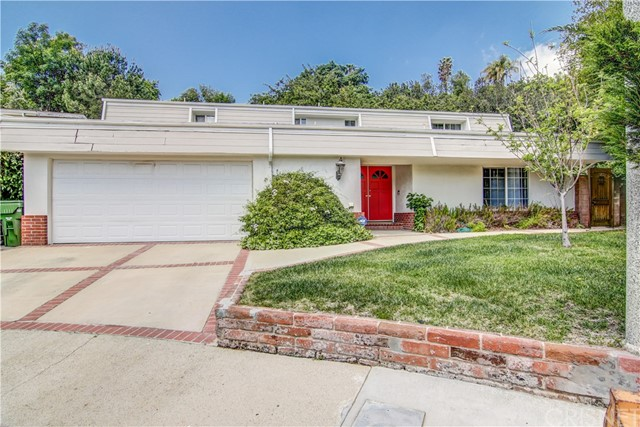 Photo of 24511 Pat Place, Woodland Hills, CA 91367