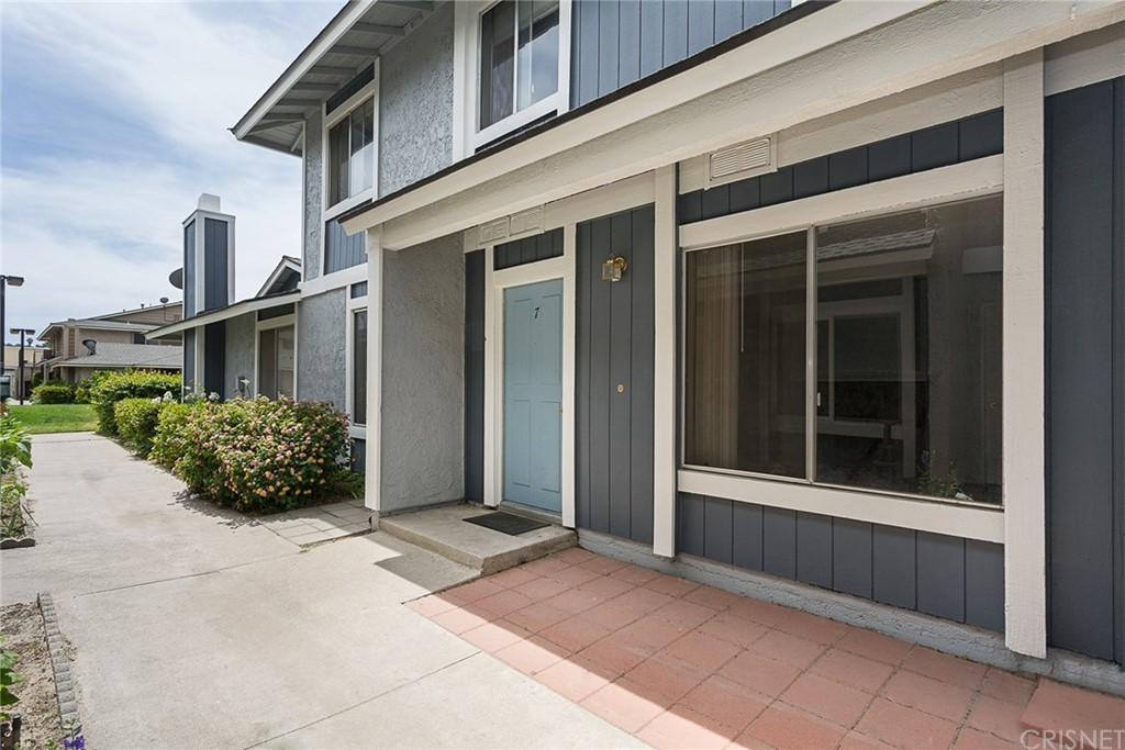 511 Spring Road #7, Moorpark, CA 93021