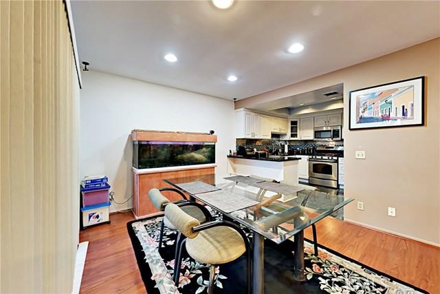 2300 Duane Street Unit 8 Los Angeles, CA 90039 - MLS #: SR17205434