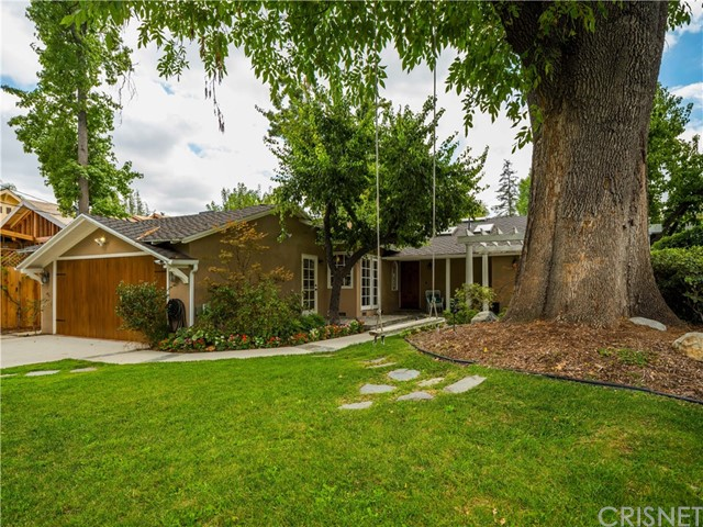 22634 Califa Street, Woodland Hills CA 91367