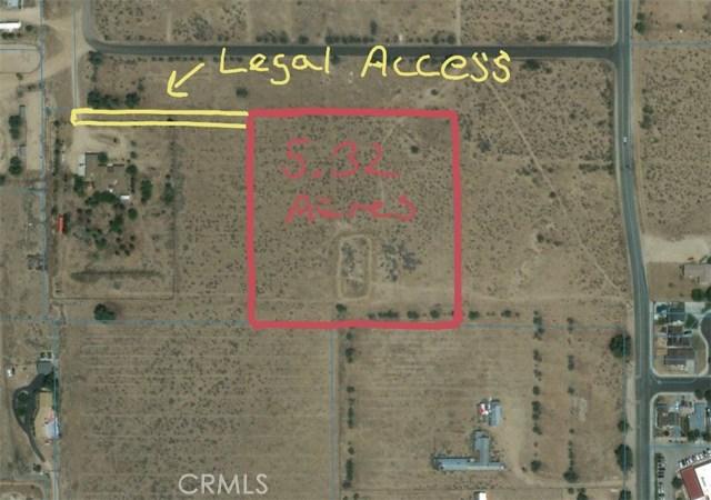 1 Dacite Avenue, Rosamond CA: http://media.crmls.org/mediascn/b50ea5d0-0a4e-4803-9dc6-4a36fa30c7e4.jpg
