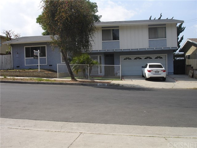 Single Family Home for Sale at 12567 Terra Bella Street Pacoima, California 91331 United States