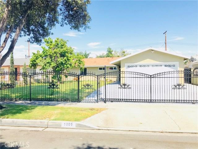 1009 S Arapaho Drive, Santa Ana CA: http://media.crmls.org/mediascn/b56a0594-2d12-4964-8fb2-f8059a0fd380.jpg