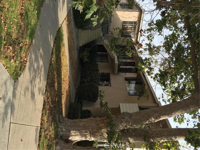 2592 Armacost Avenue, Los Angeles (City), CA 90064