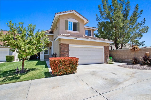 Detail Gallery Image 1 of 28 For 26726 Neff Ct, Canyon Country,  CA 91351 - 4 Beds   3 Baths