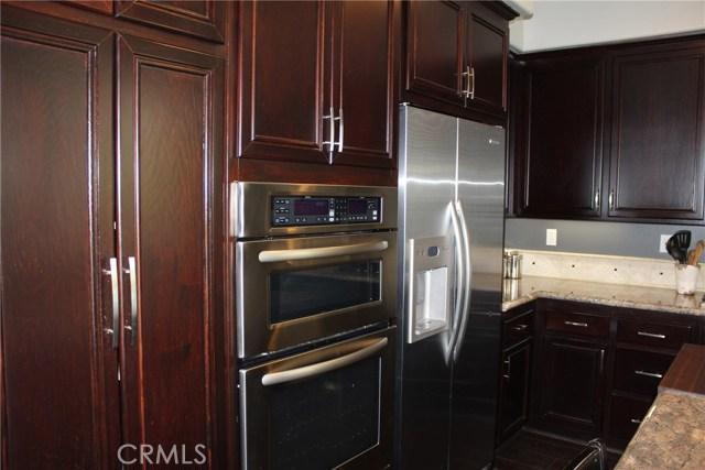 26452 Beecher Lane, Stevenson Ranch CA: http://media.crmls.org/mediascn/b5cef449-8a58-4bbe-b5e2-5a3986aadd38.jpg