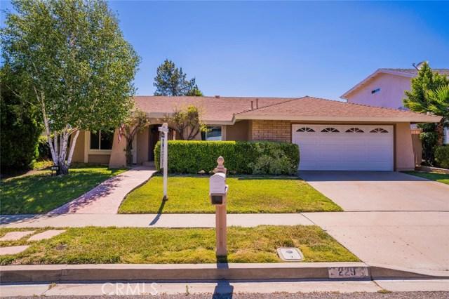 Single Family Home for Sale at 229 Locust Avenue Oak Park, California 91377 United States