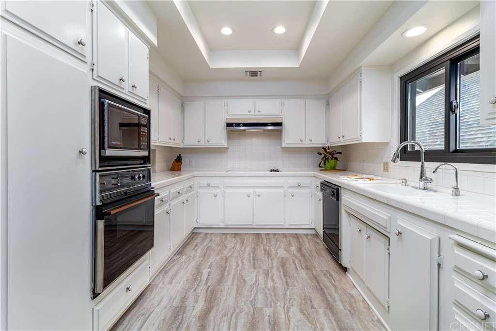 1422 N CENTRAL Avenue, 8, Glendale, CA 91202