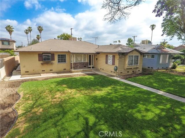 Single Family Home for Rent at 17025 Sherman Way Lake Balboa, California 91406 United States