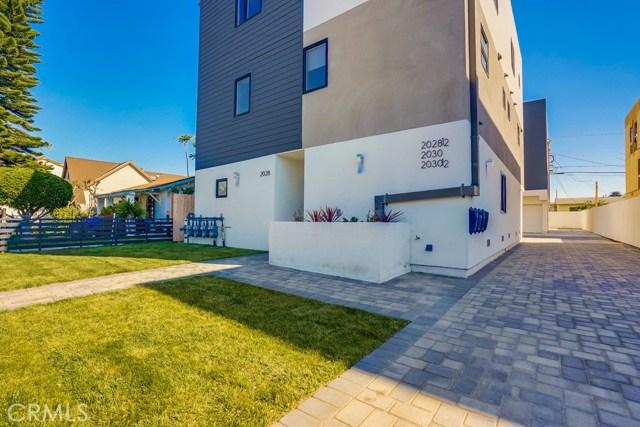 2028 Hauser Ave 1/2, Los Angeles, CA 90016