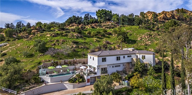 Single Family Home for Sale at 85 Stagecoach Road Bell Canyon, California 91307 United States