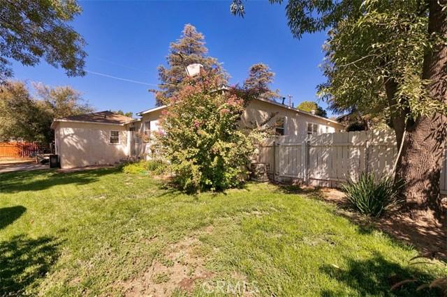 10850 Foothill Boulevard, Lakeview Terrace CA: http://media.crmls.org/mediascn/b677d278-87a9-4f9d-8ce8-5d9489428f89.jpg