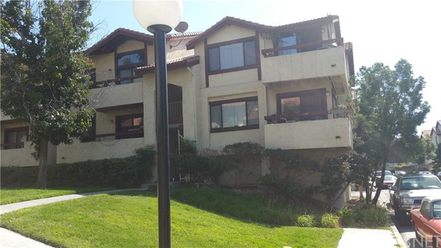 18169 Sundowner Way Unit 902, Canyon Country CA 91387