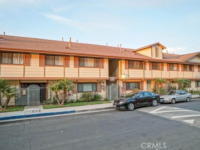 共管式独立产权公寓 为 销售 在 4451 Don Ricardo Drive Baldwin Hills, 加利福尼亚州 90008 美国
