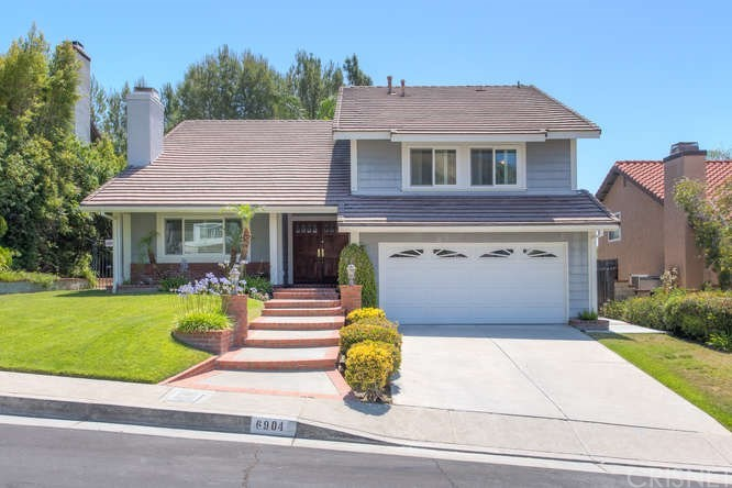 Photo of 6904 CASTLE PEAK Drive, West Hills, CA 91307