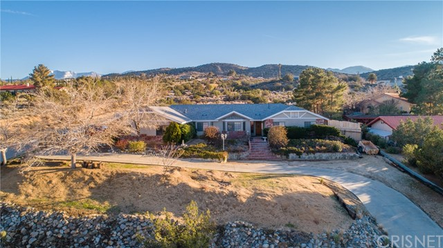 15648 Cypress Point Avenue, Llano CA: http://media.crmls.org/mediascn/b6e39305-fed6-4087-9fba-fa1c469be74b.jpg