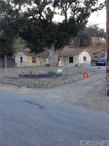 Single Family Home for Sale at 703 Canyon Drive Lebec, California 93243 United States