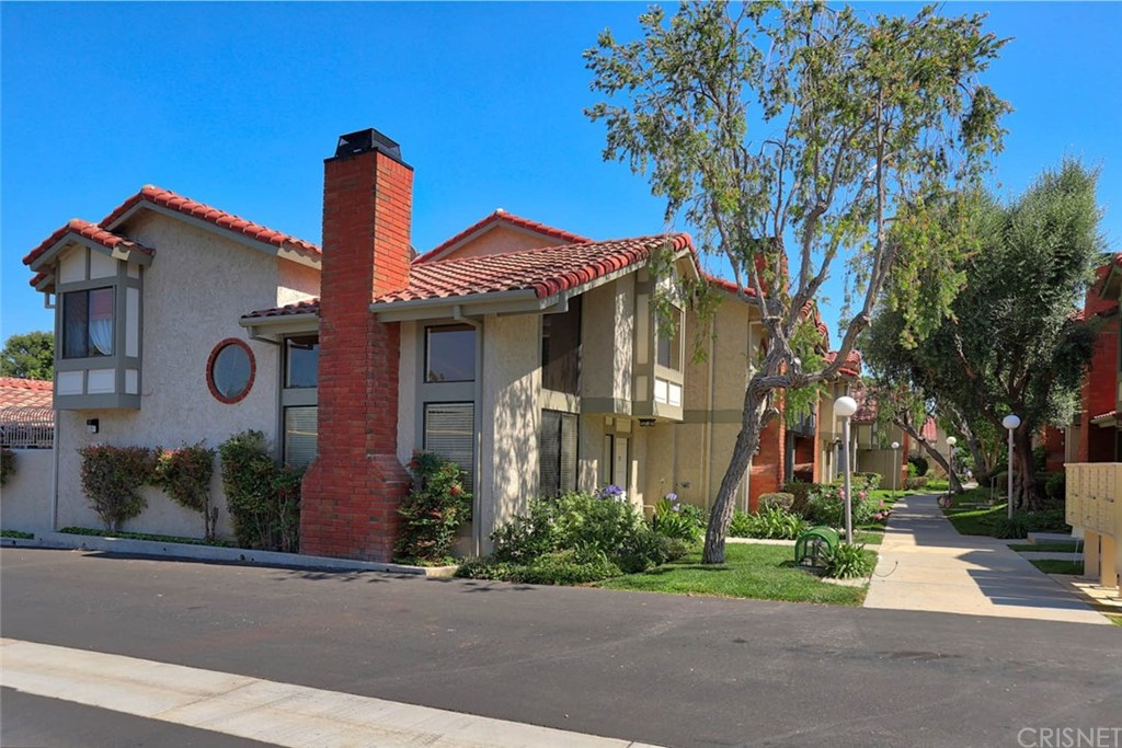 Photo of 6845 VALLEY CIRCLE BOULEVARD #22, West Hills, CA 91307