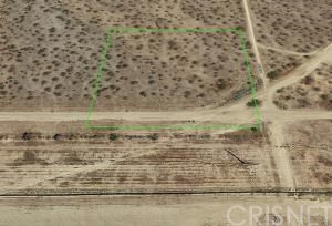 Detail Gallery Image 1 of 9 For 18001 Holiday Ave, Rosamond,  CA 93560 - – Beds | – Baths