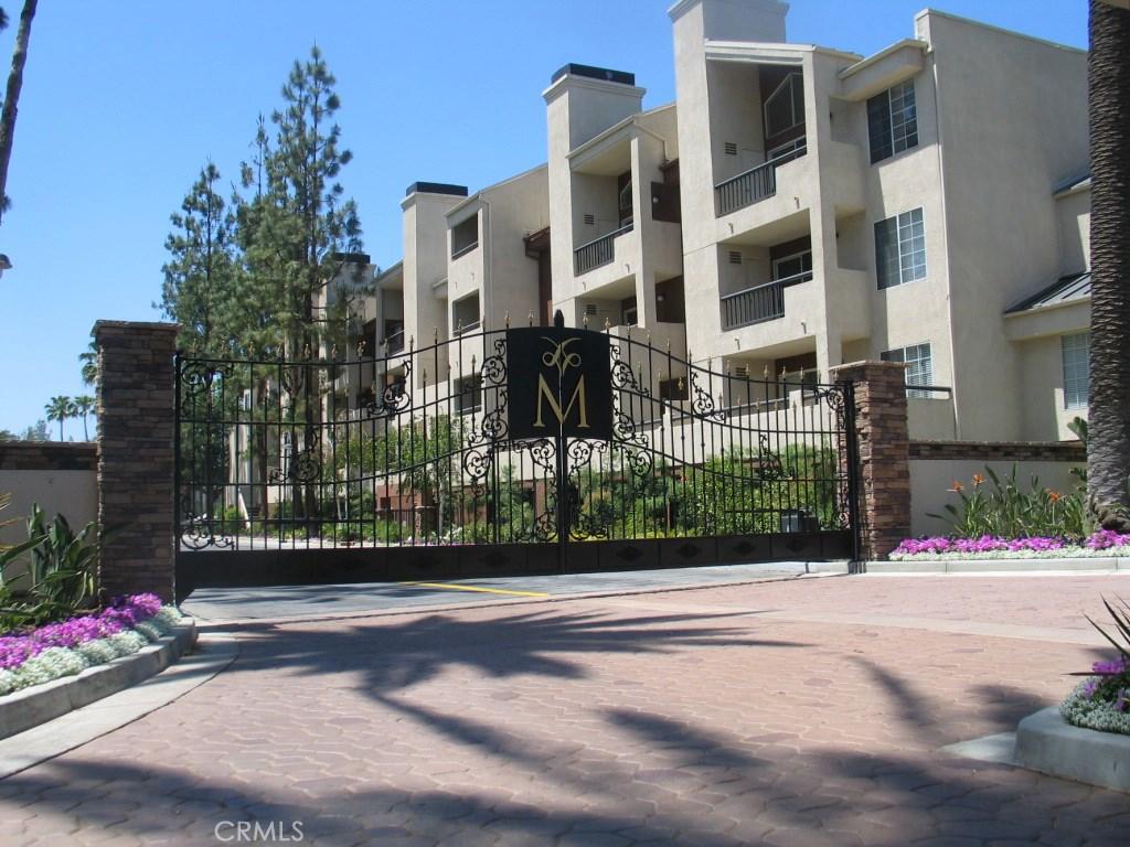 Property Listing: 5510 Owensmouth Avenue #122, Woodland Hills