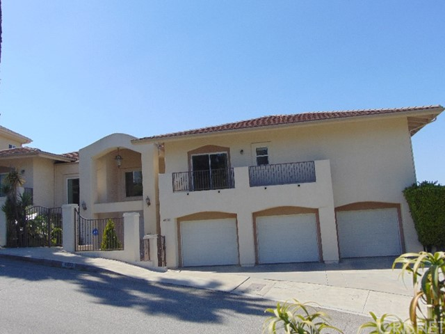 Single Family Home for Rent at 4633 White Oak Place Encino, California 91316 United States