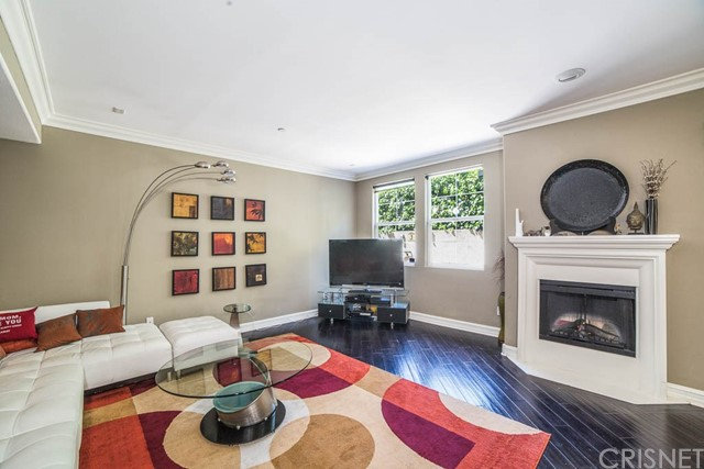4237 Longridge Avenue 103, Studio City, CA 91604