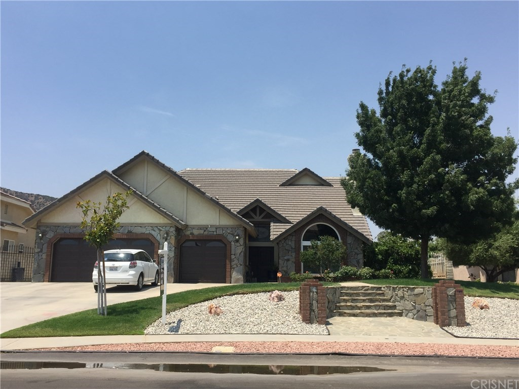 Property for sale at 41551 Bristle Cone Drive, Palmdale,  CA 93551